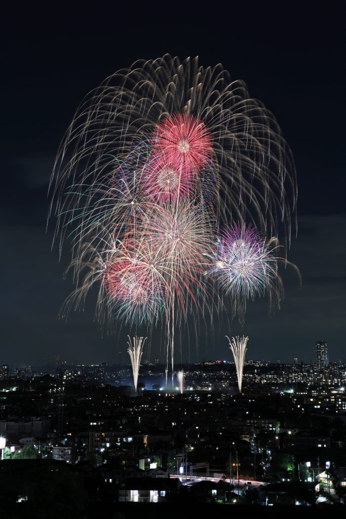 R1■優秀賞■毎日カレー(田邉 智也)様■『高台から映画のまちの花火を楽しむ』(富士見市)